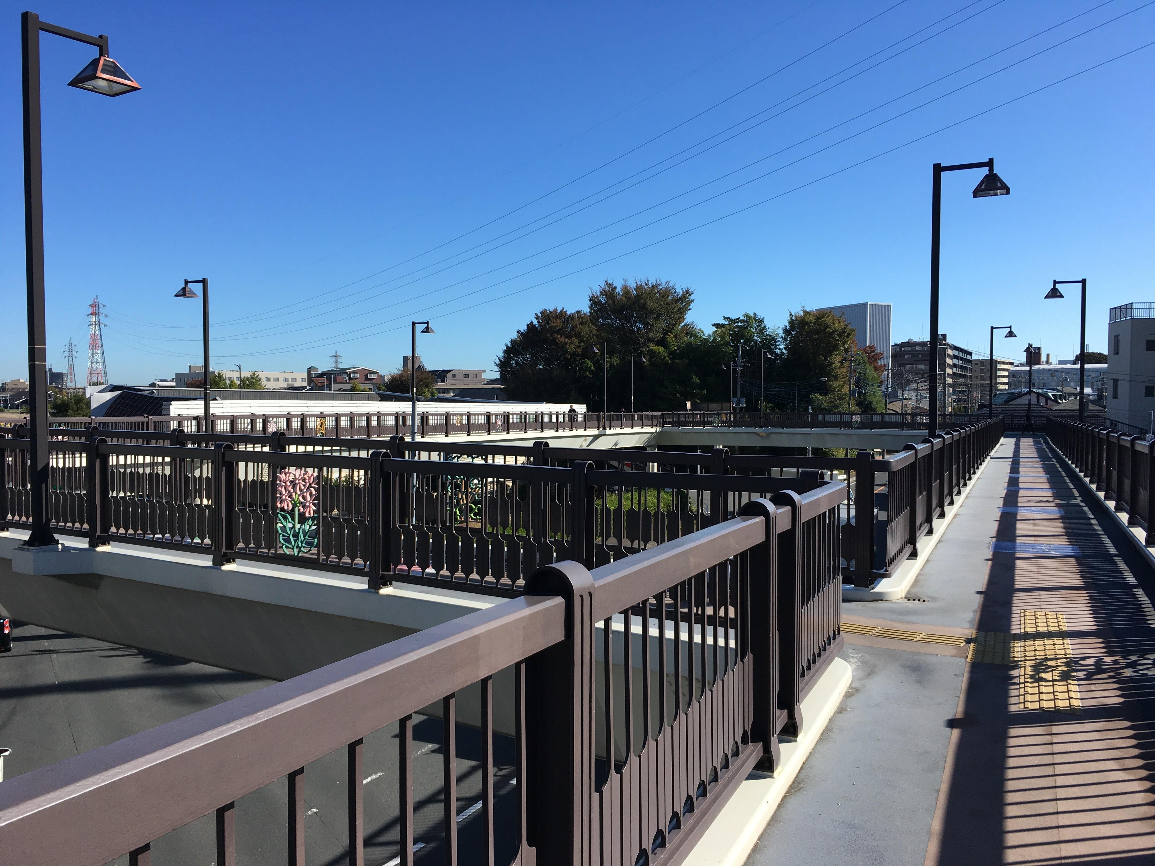第三小学校前歩道橋
