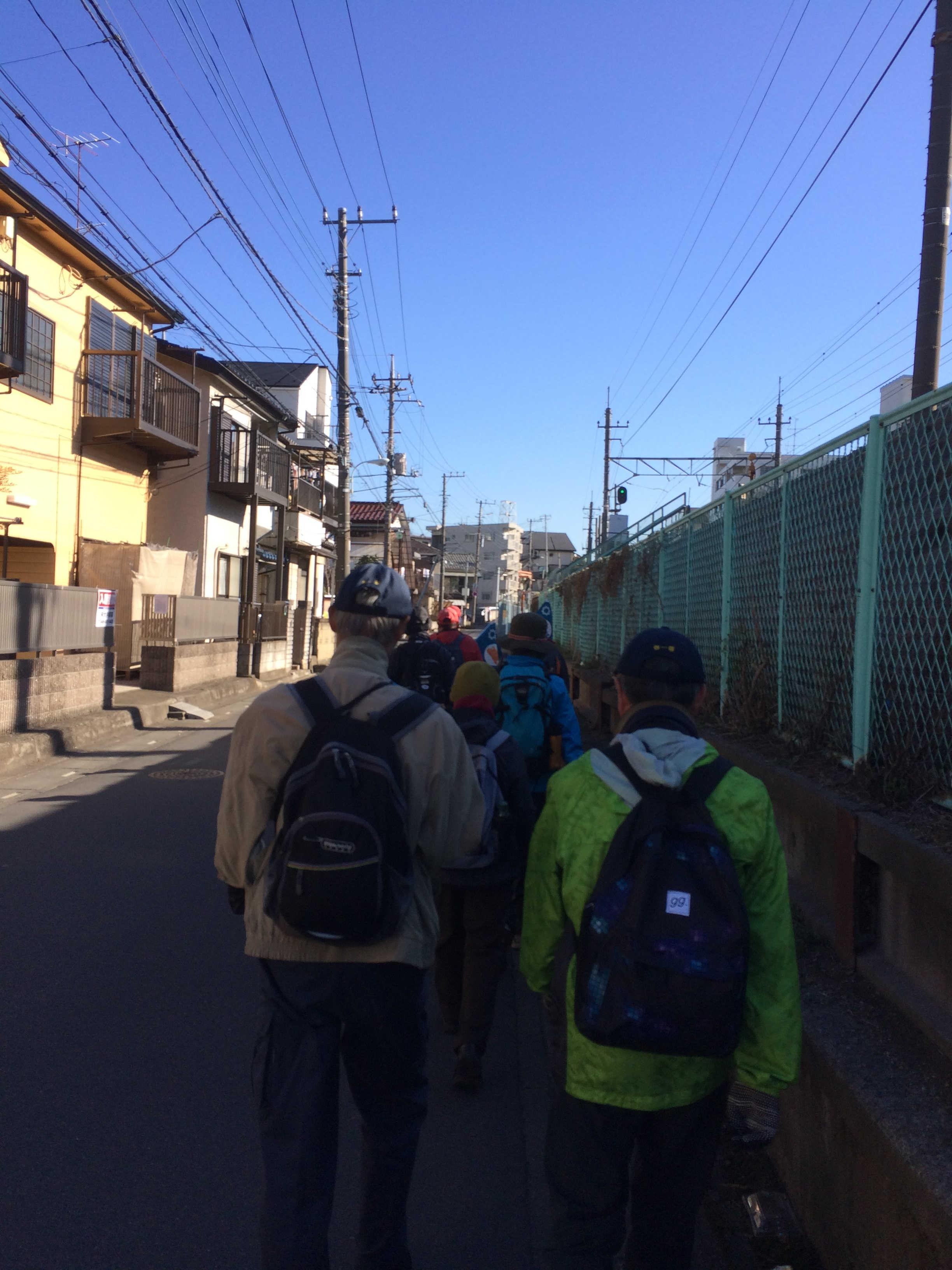 JR武蔵野線に沿って東浦和方面に進む
