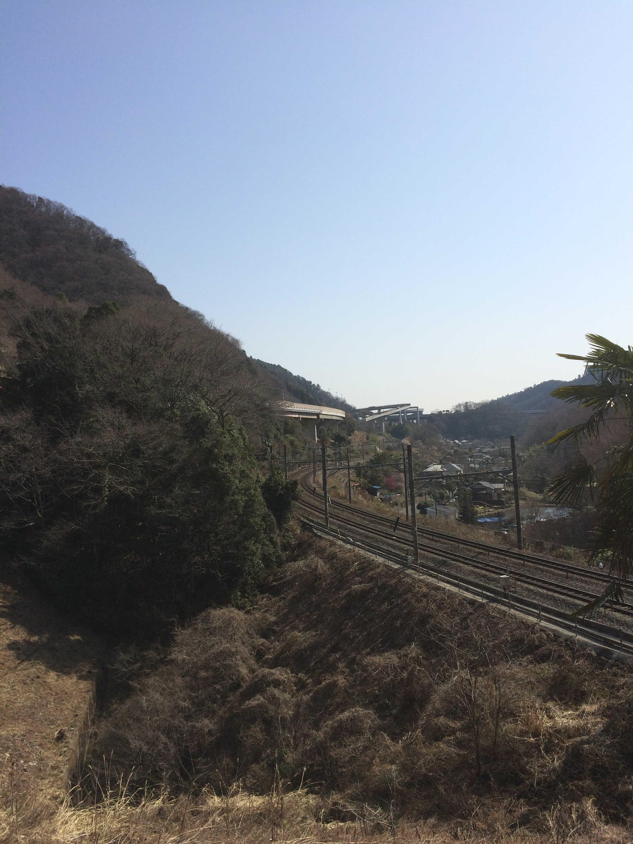 木下沢梅林入口から中央本線の絶景スポット