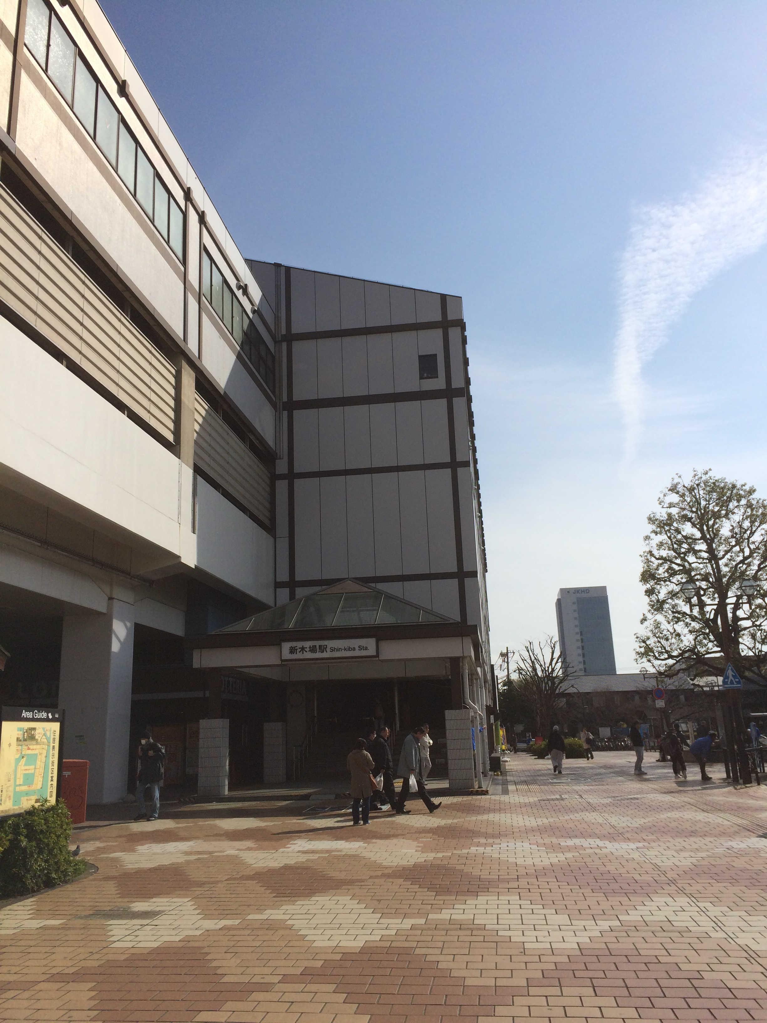 新木場駅前