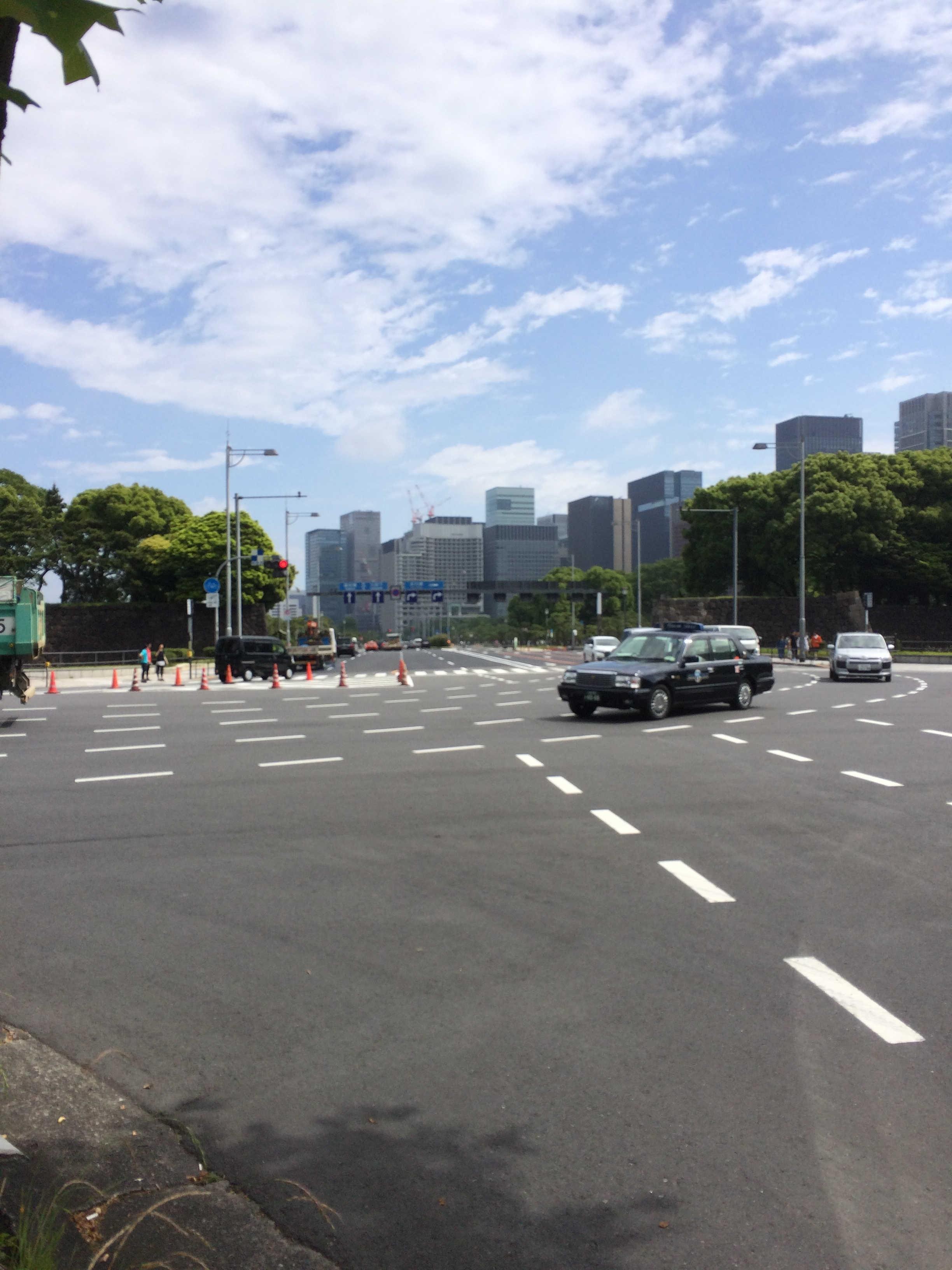 祝田橋交差点