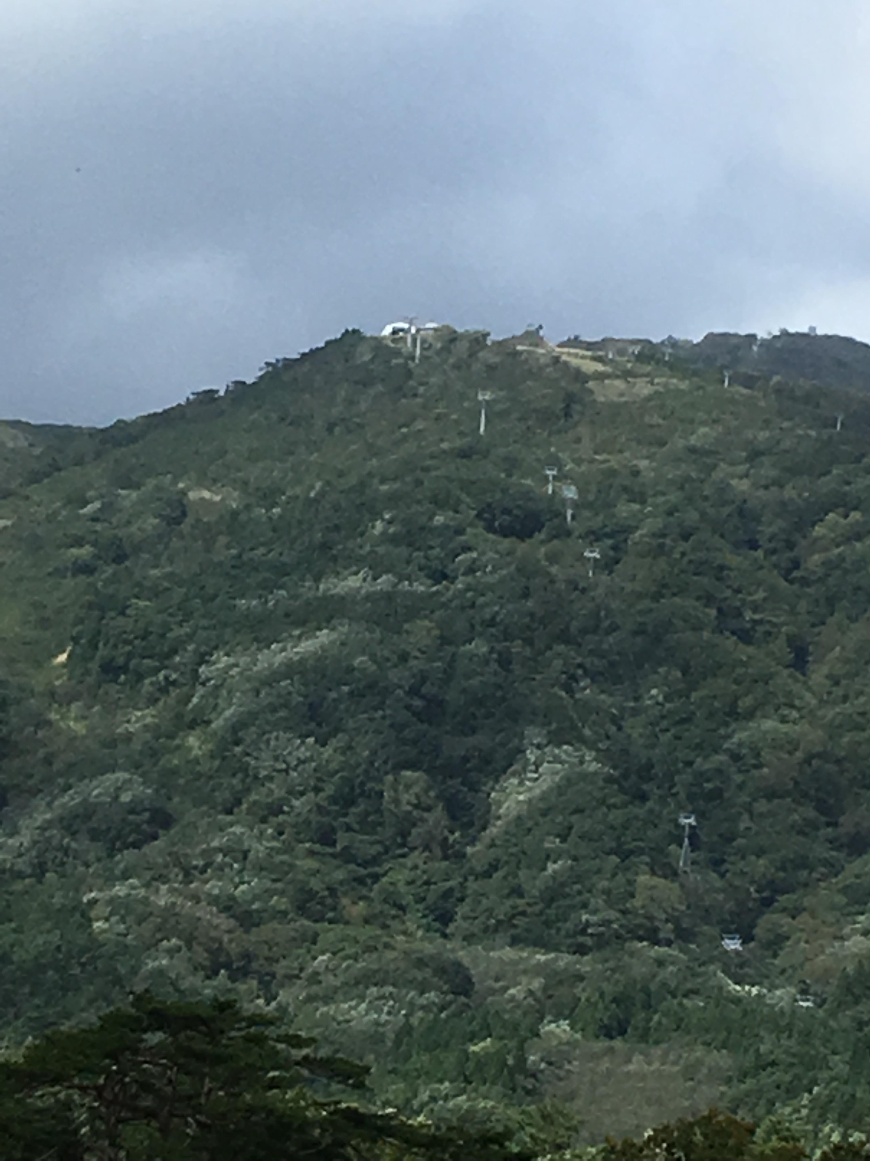 鳴子峡レストハウスからの山々