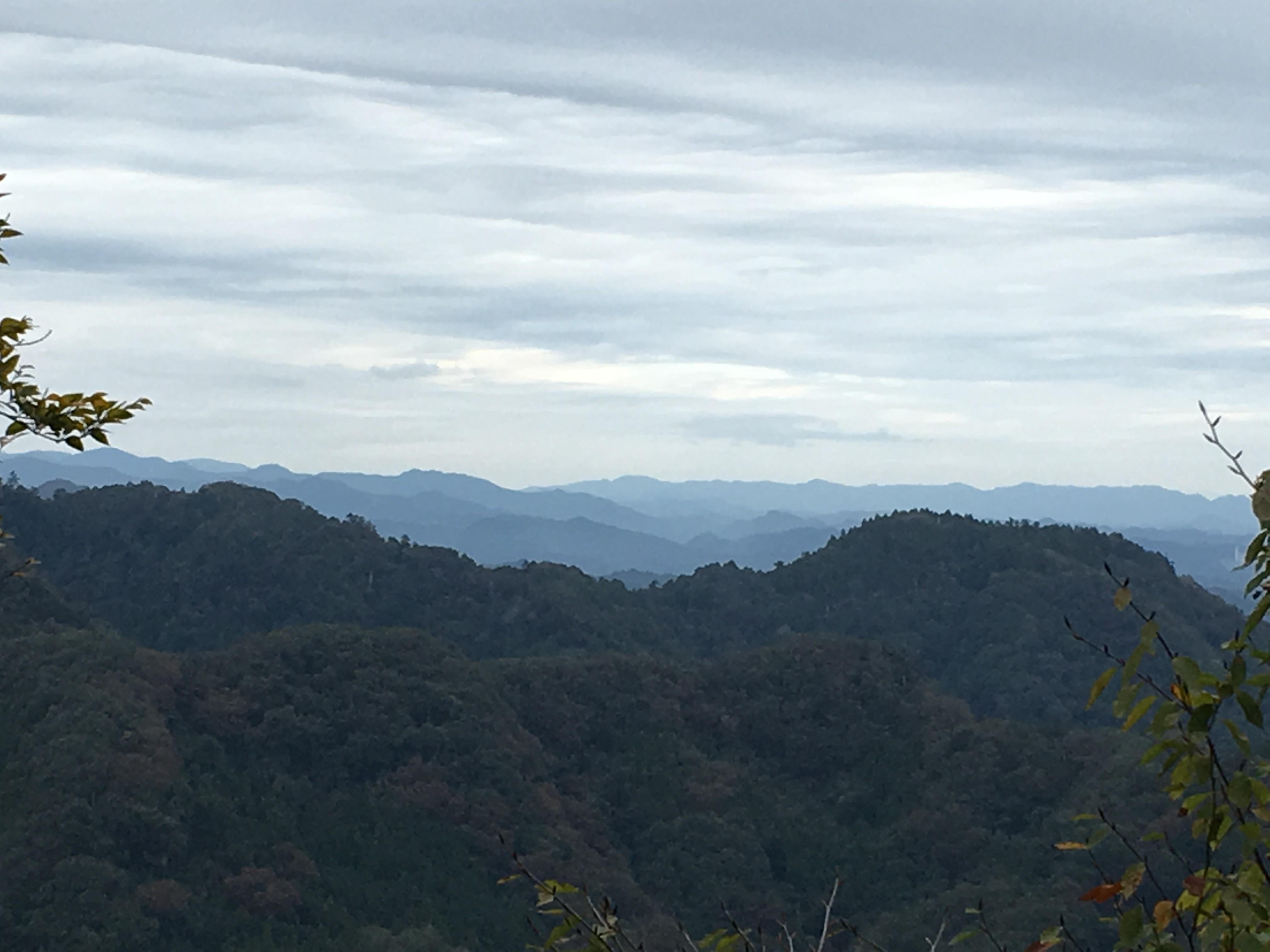 ケーブルカー高尾山駅(スタート)からの景観