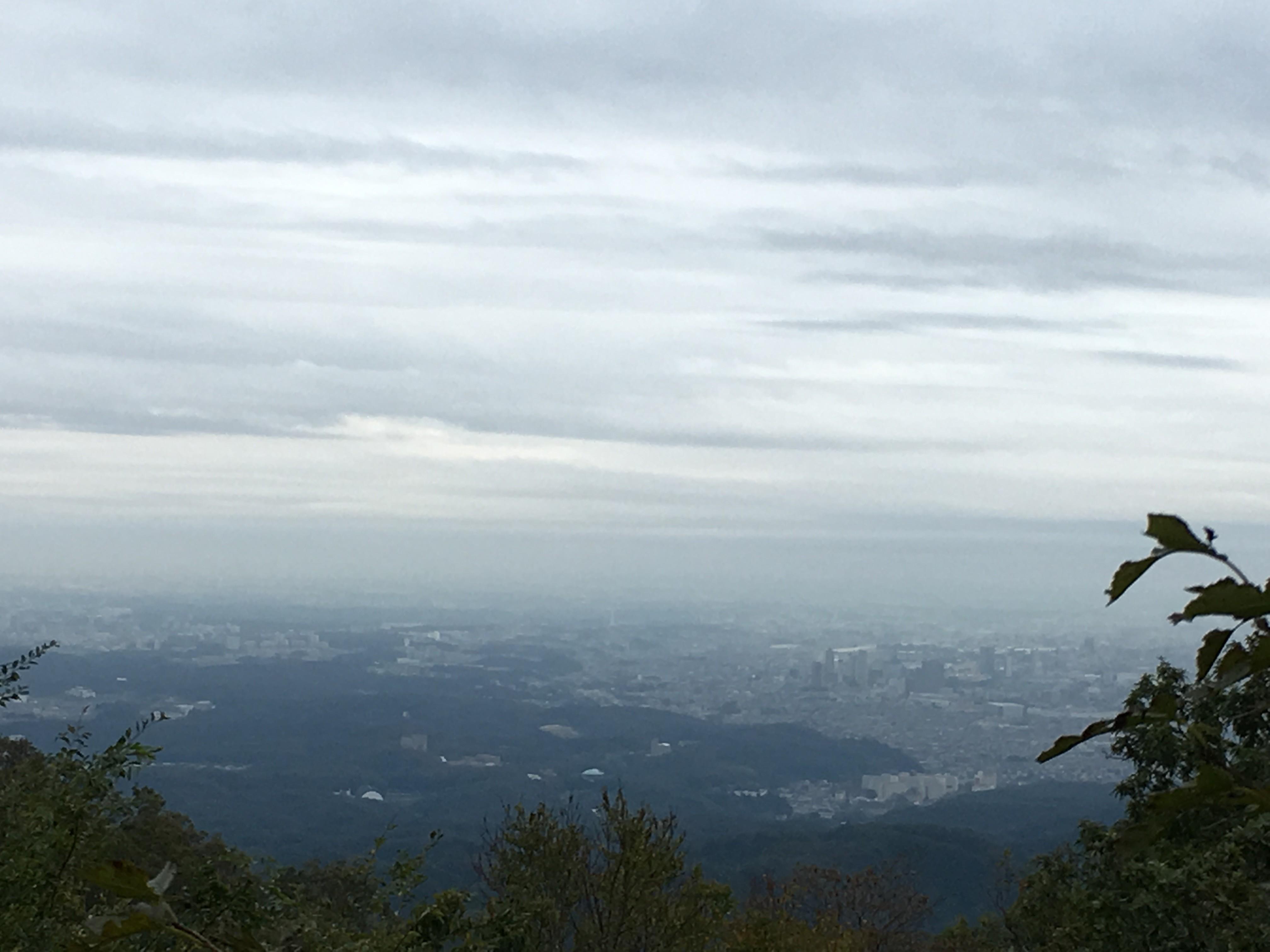 高尾山のトイレは日本一からの景観