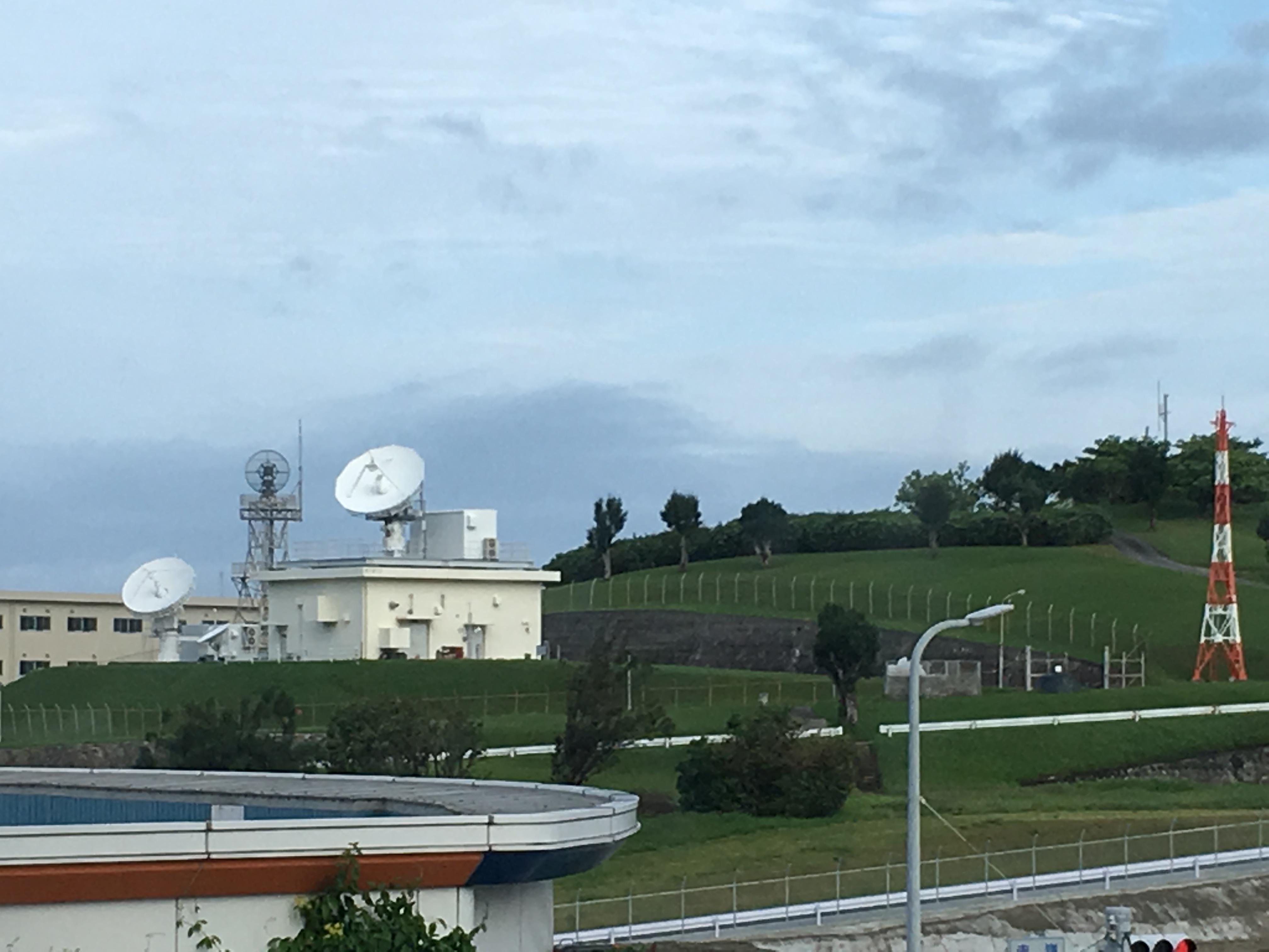 ホテルグランビュー沖縄(スタート)からの航空自衛隊那覇基地を望む