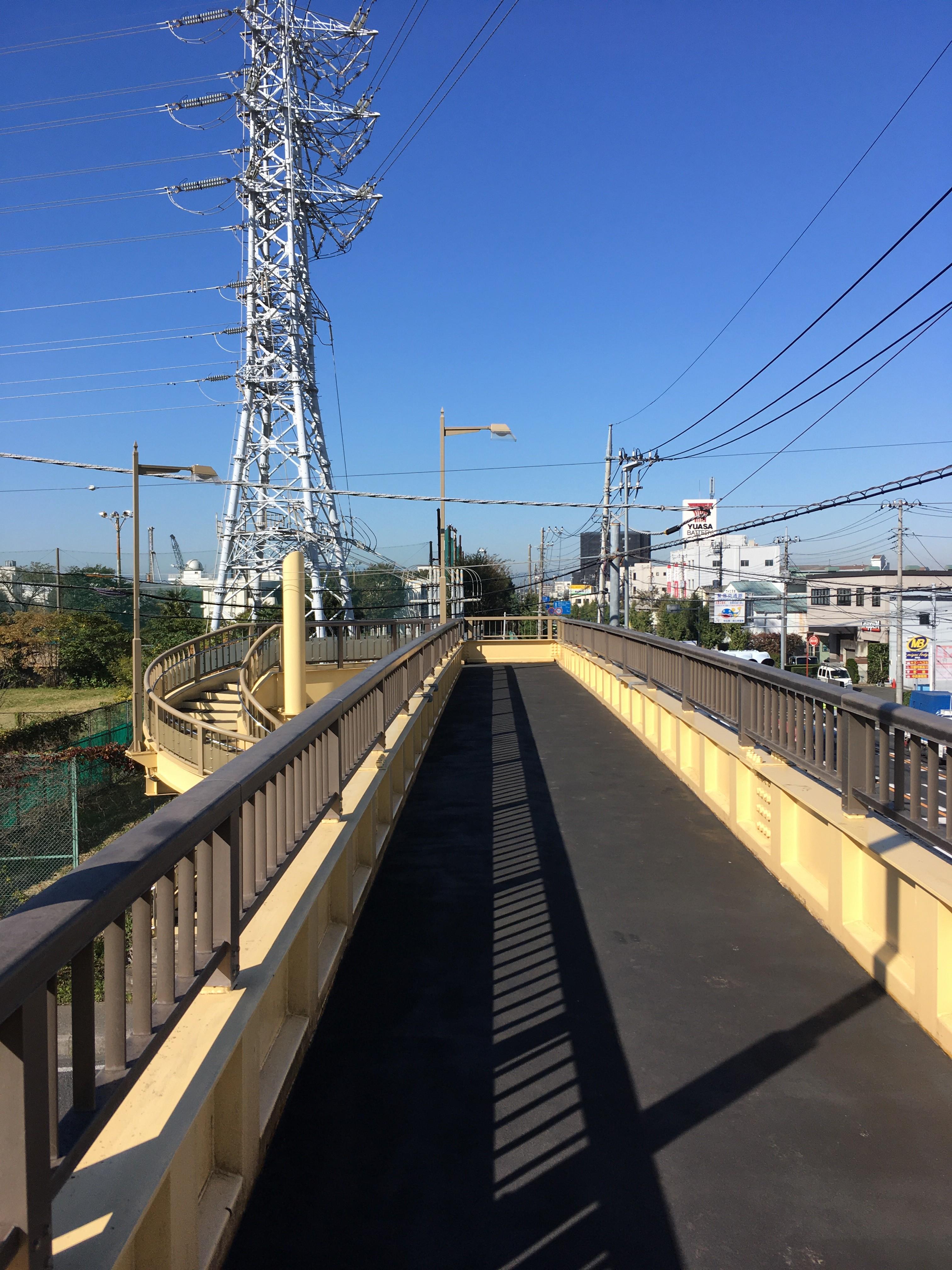 朝霞警察署前歩道橋からの風景